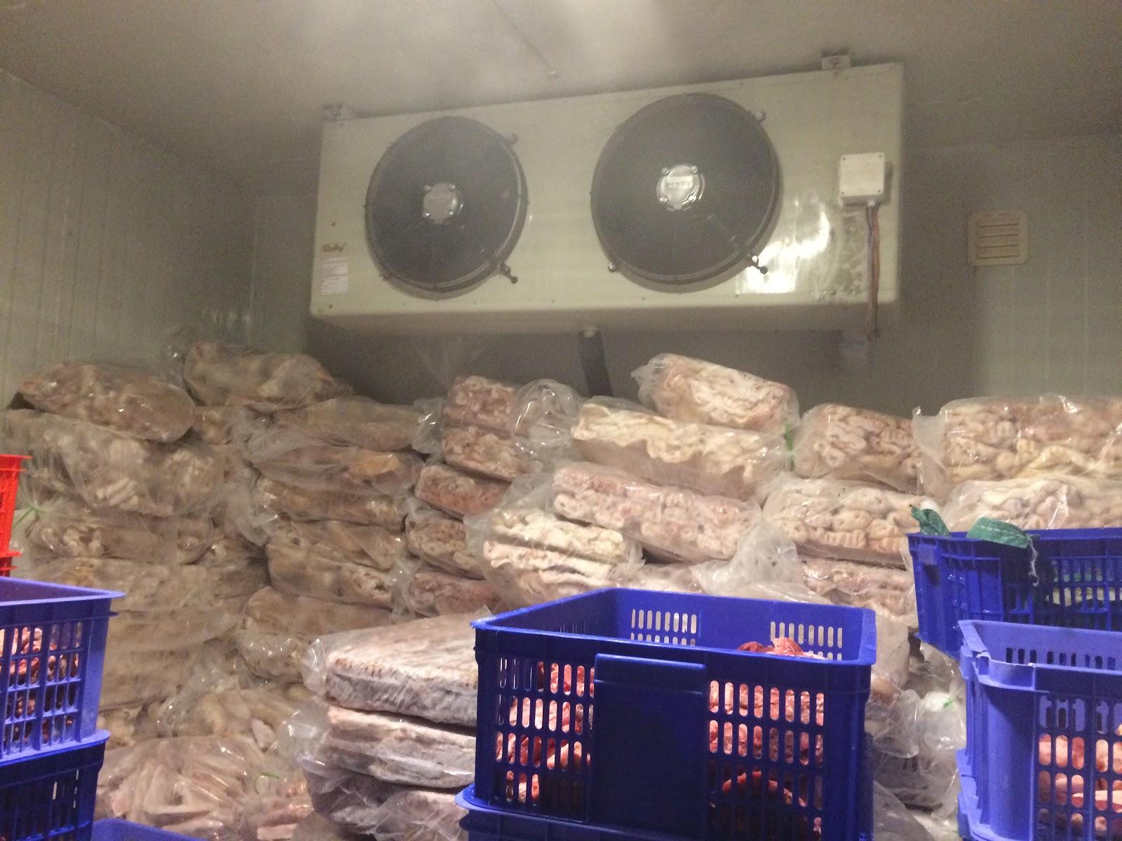 Kho lạnh dùng để bảo quản thịt gà tươi ngon